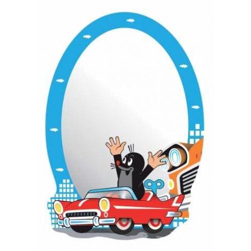 Kisvakond autót vezet gyerek tükör